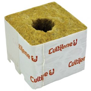 cultilene 75mm cube with small hole